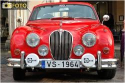 Una Jaguar alla partenza del Rallye Storico di Montecarlo