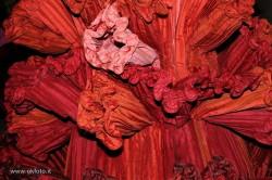 abito rosso di Capucci: particolare