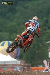 Cairoli impegnato a Maggiora, foto in salto con la Ktm Red Bull