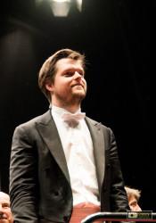 Festival Beethoven: Il Direttore J. Valcuha al termine della Sinfonia n. 5 raccoglie meritatissimi applausi