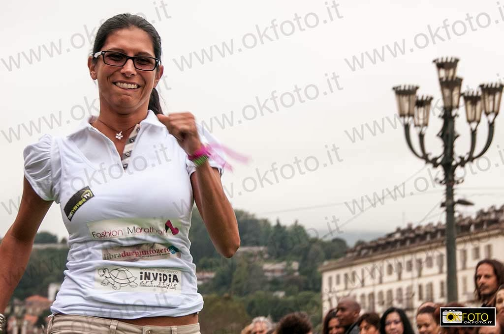 Fashion Marathon: la corsa sui tacchi in piazza Vittorio