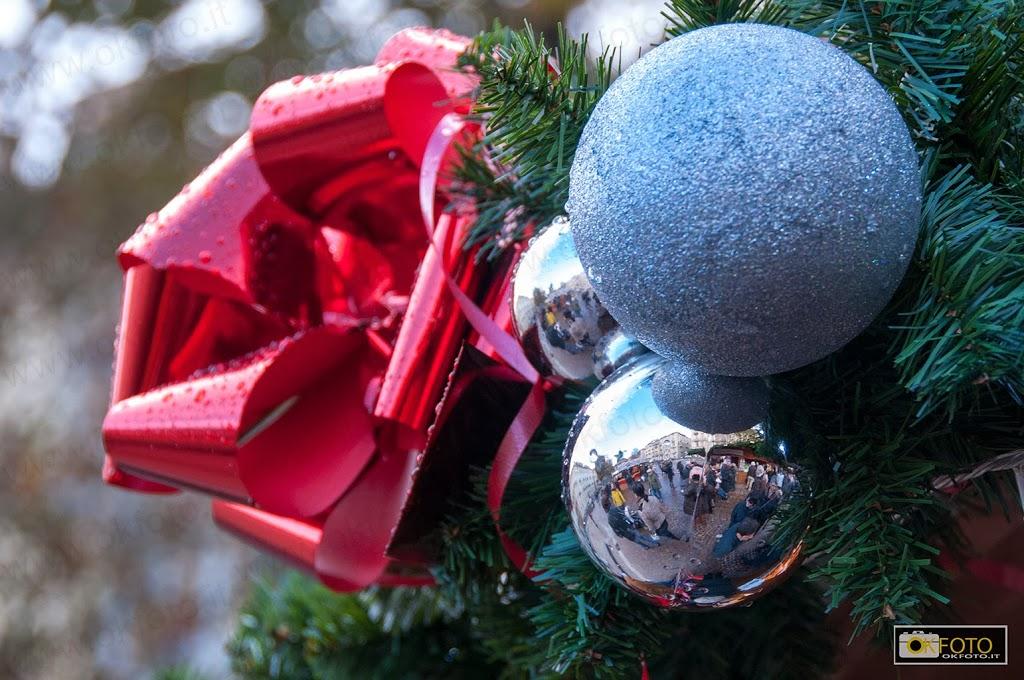 Torino incontra la Francia, le foto del mercatino di Natale in piazza Solferino