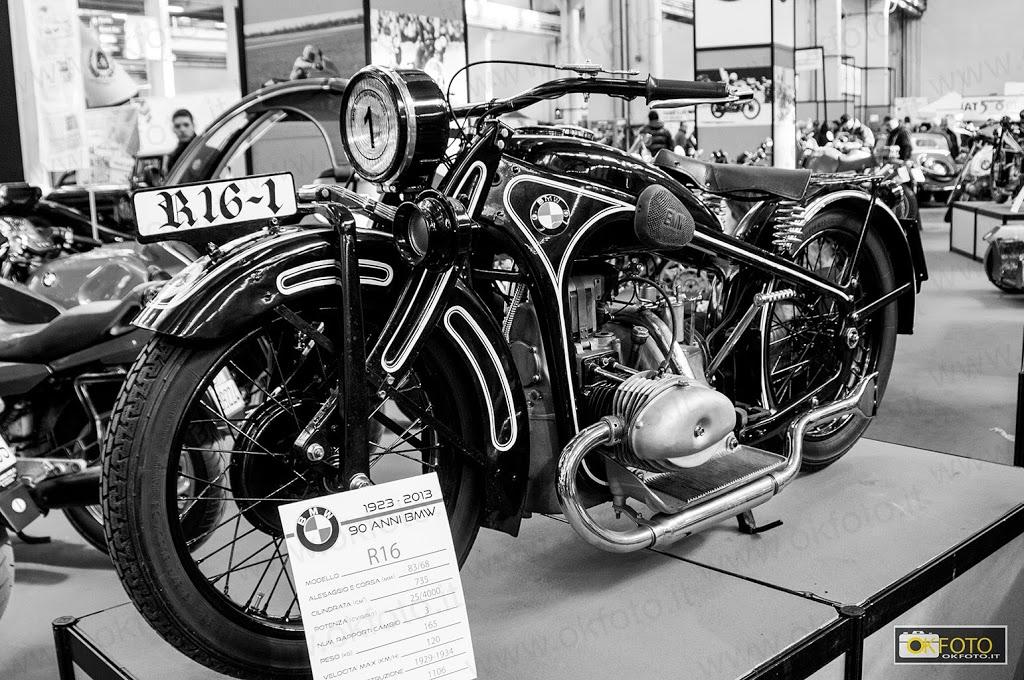 automotoretrò: mostra di moto d'epoca