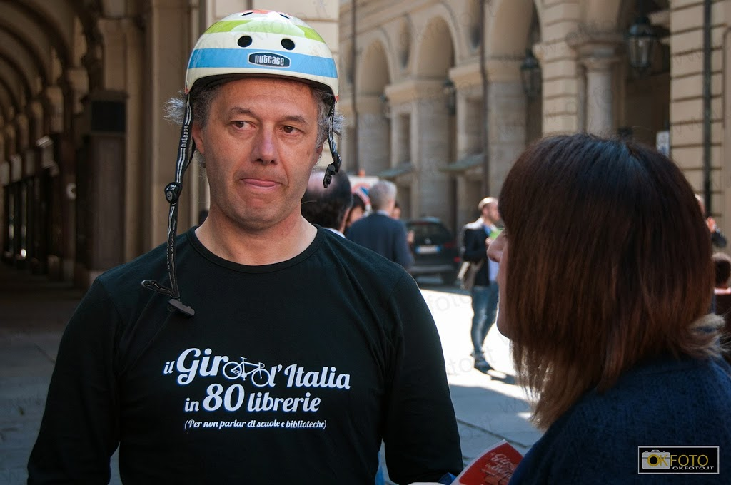 Giro d'italia in 80 librerie: la partenza da Torino
