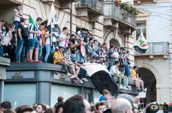 Folla in piazza Castello a Torino per i festeggiamenti della Juventus 2013-14
