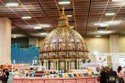 Lo stand del Vaticano al Salone del Libro