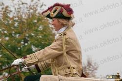 Una signora a cassetta della berlina di gala a 6 cavalli