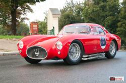 Centenario Maserati, i partecipanti al raduno all'arrivo a Suoerga