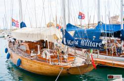 Capricia, l'imbarcazione della Marina Militare