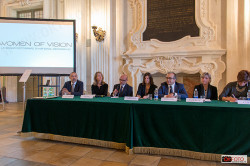 Conferenza stampa per la mostra Women of vision