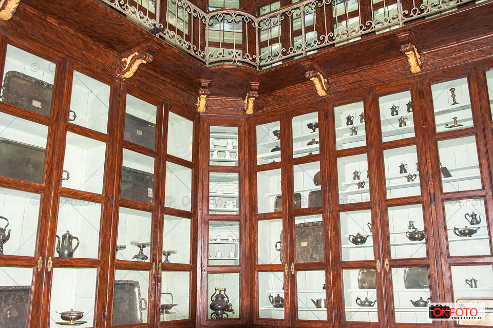 Gli argenti di Casa Savoia al Caffè reale gestito da Gerla 1927