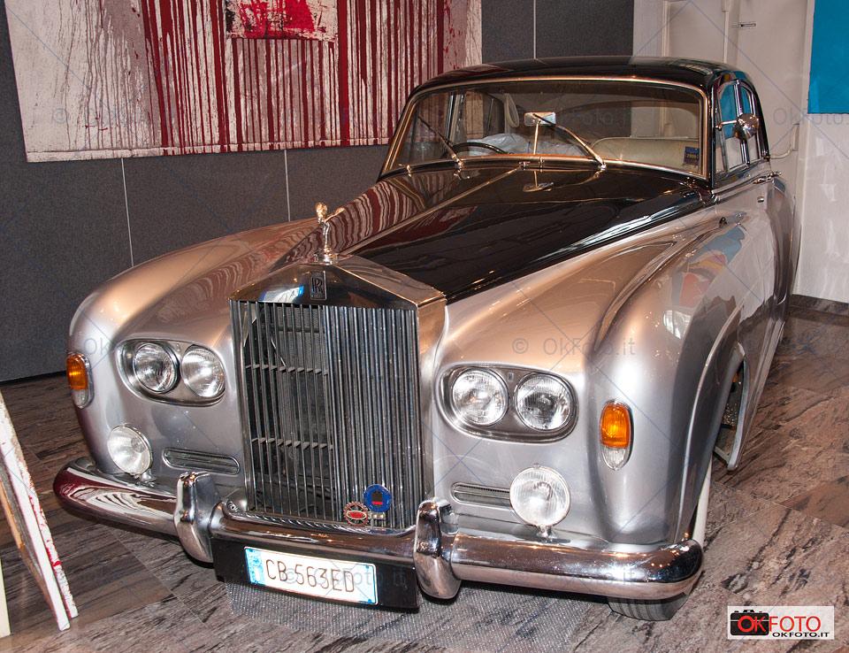 Una Rolls Royce alla Casa d'aste Sant'Agostino di Torino