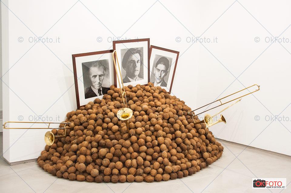 una opera di Braco Dimitrijević in mostra alla GAM