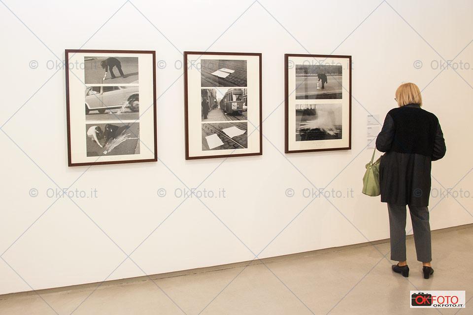 le fotografie diventano opere dell'artista Braco Dimitrijević