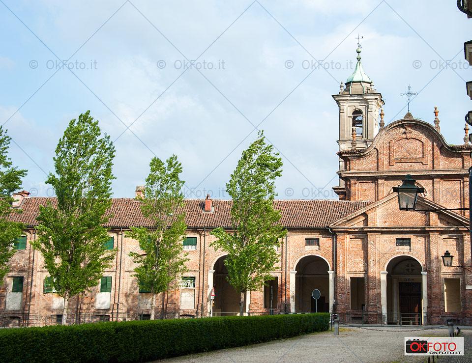 Il borgo e la chiesa di Stupinigi