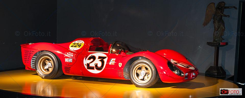 Ferrari 330 P4 esposta al Museo dell'automobile di Torino
