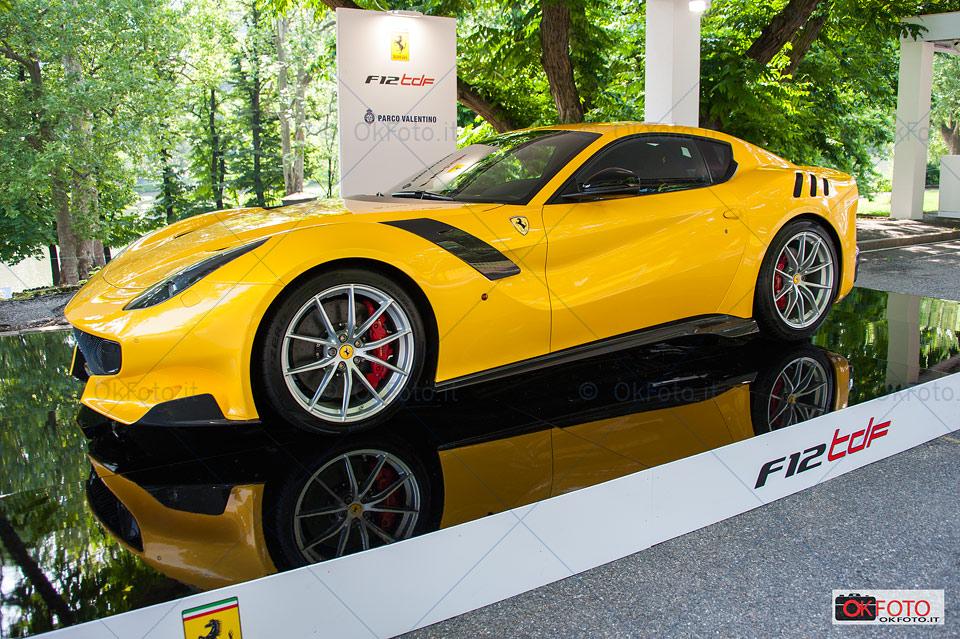 Ferrari F12 tdf esposta al Salone dell'automobile