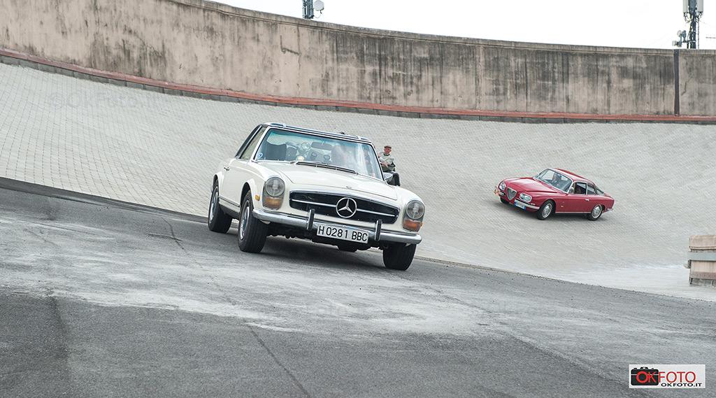 le vetture d'epoca di Transappenninica sulla pista di collaudo del Lingotto