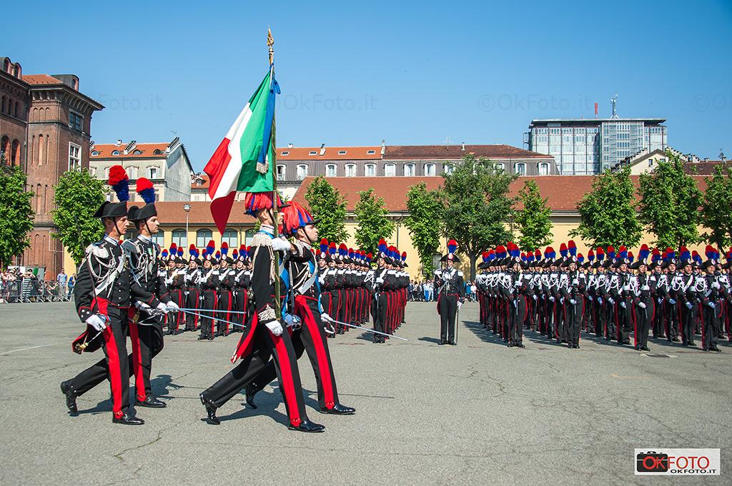 La bandiera della Scuola Allievi Carabinieri di Torino, Caserma Cernaia