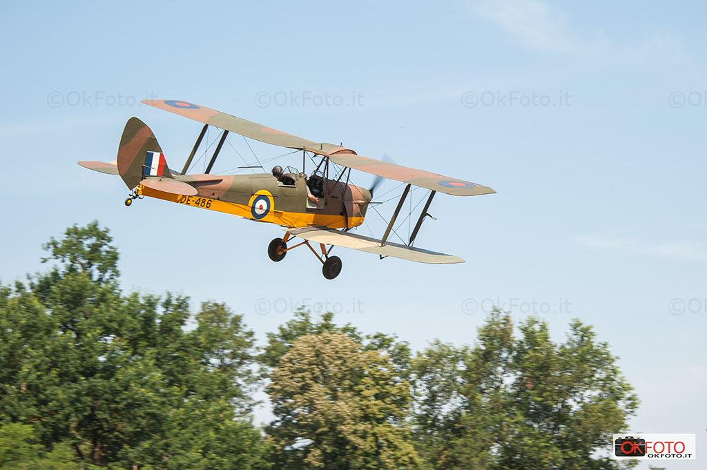 Anche aerei d'epoca in volo sul campo di Ternavasso in occasione di Militali