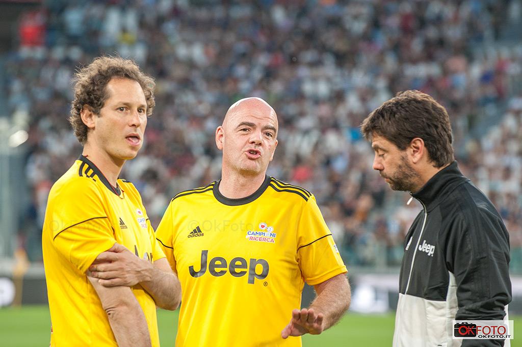Gianni Infantino, Andrea Agnelli e John Elkann giocano la Partita del cuore