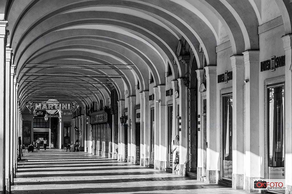 i portici di Torino in piazza san Carlo
