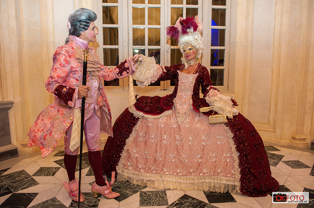 Splendidi abiti del Settecento indossati per la Nuit Royale