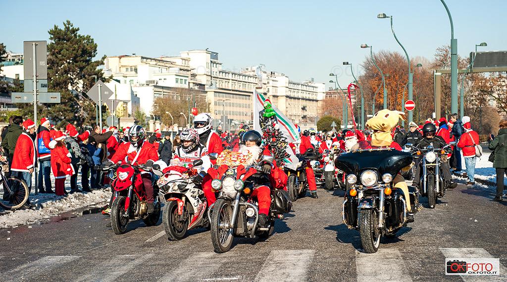 Babbo Natale arriva in moto