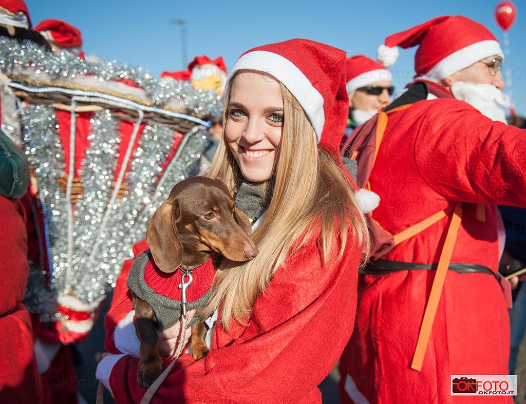 Anche i nostri amici a quattro zampe presenti al raduno di Babbo Natale
