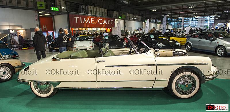 Citroën cabriolet in restauro
