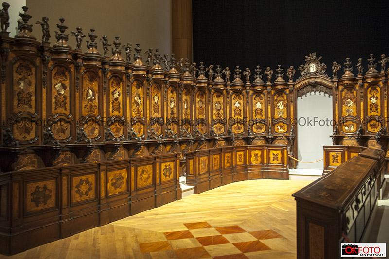 Coro monastico di Luigi Prinotto esposto alla Reggia di Venaria