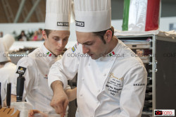 Martino Ruggieri e Curtis Malpas impegnati nella prova del Bocuse d'Or Europe
