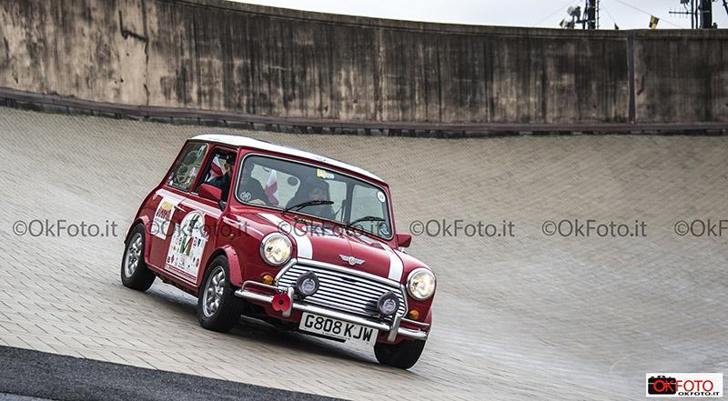 Le Mini sulla pista del Lingotto