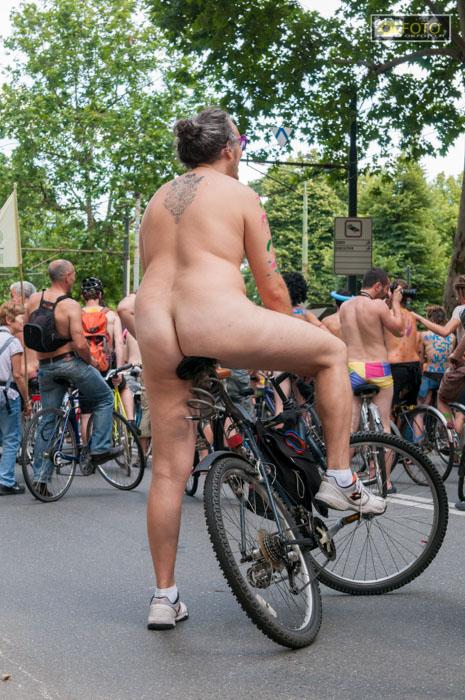 Ciclonudista 2013, a Torino il 6 luglio