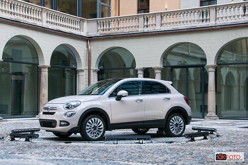 Apre il nuovo hotel NH Piazza Carlina a Torino: esposta la Fiat 500X